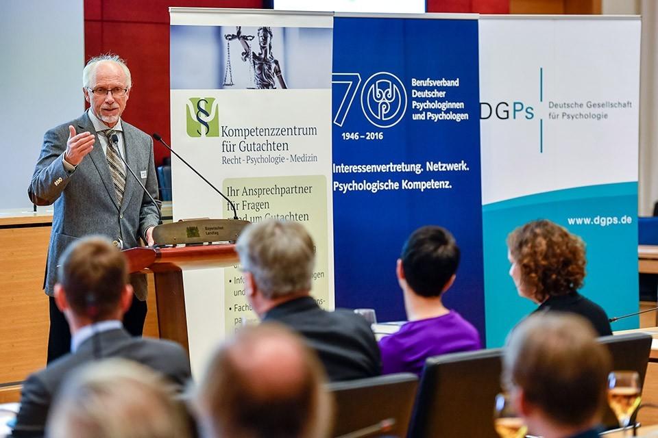 Prof. Dr. Conny Antoni, Präsident DGPs
