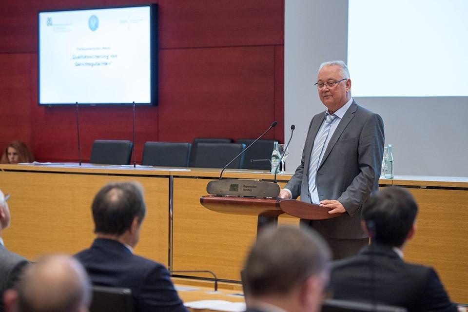 Prof. Dr. Max Steller, Professor für Forensische Psychologie a.D. am Institut für Forensische Psychatrie der Charité-Universitätsmedizin Berlin