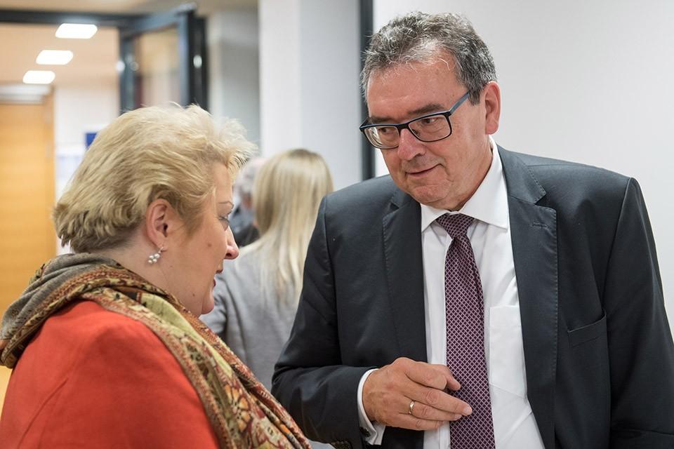 Lena Guttenberger, MdL; Peter Küspert, Präsident des Bayrischen Verfassungsgerichtshof und des OLG München