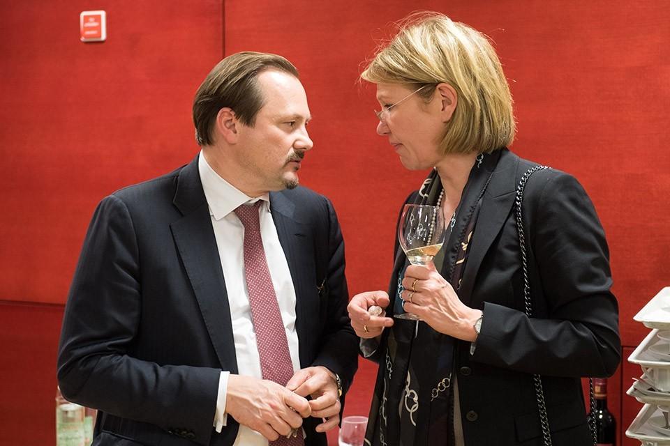 Thorsten Weinelt, Leiter Wealth Management Hypovereinsbank; Dr. Ute Wegmann, Deutsche Chirurgiestiftung und Kompetenzzentrum für Gutachten