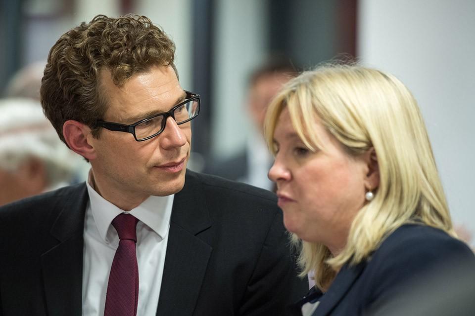 Dr. Stefan Fritz, Geschäftsführer St. Antonius-Stiftung der Erzdiözese München und Freising Claudia Belke, Deutsche Chirurgiestiftung